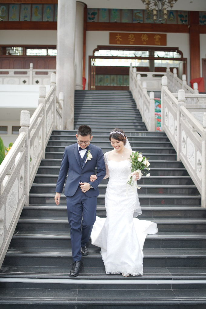 Wedding Day Jhony and Stella by Luminous Bridal Boutique - 009