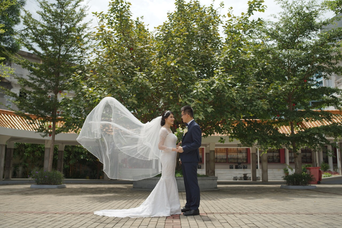 Wedding Day Jhony and Stella by Luminous Bridal Boutique - 013