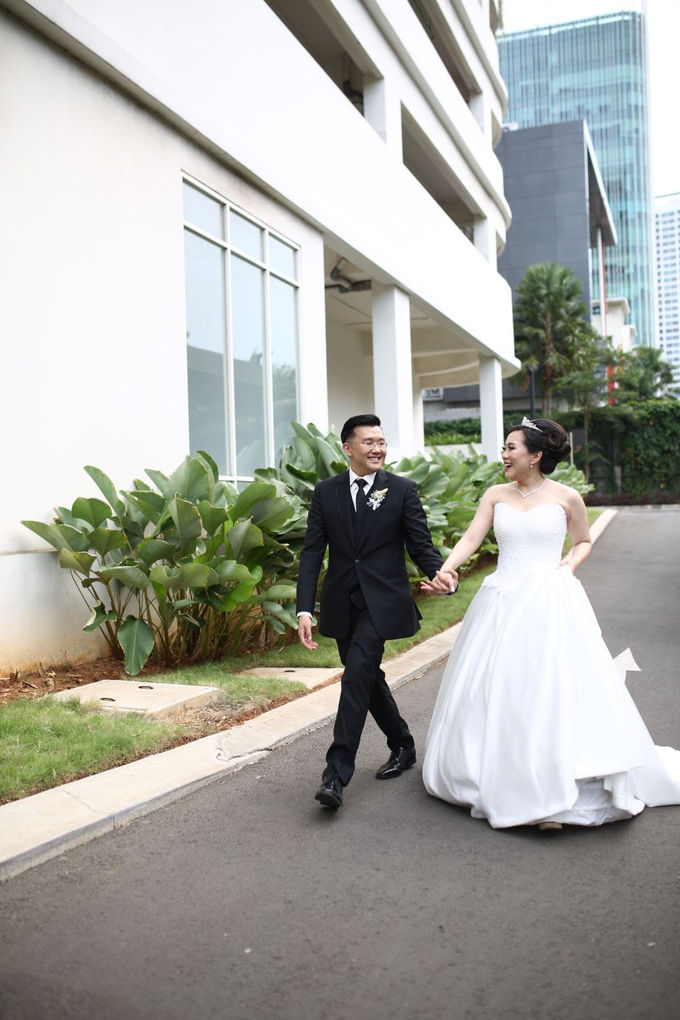 Wedding Day Stanley and Naomi by Luminous Bridal Boutique - 015