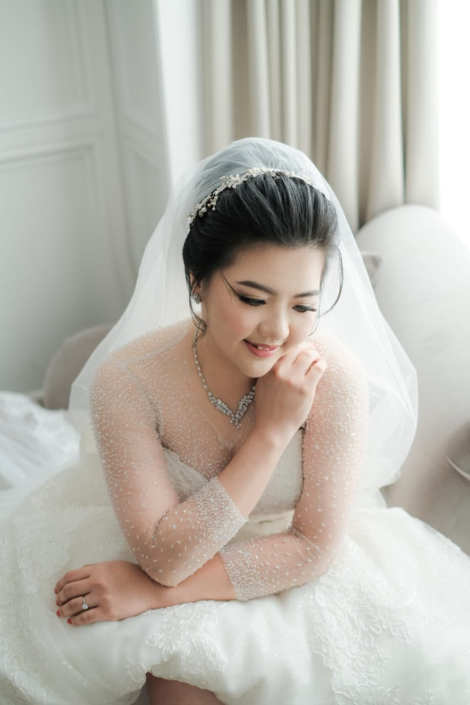 Wedding Day Djaka and Vina by Luminous Bridal Boutique - 001