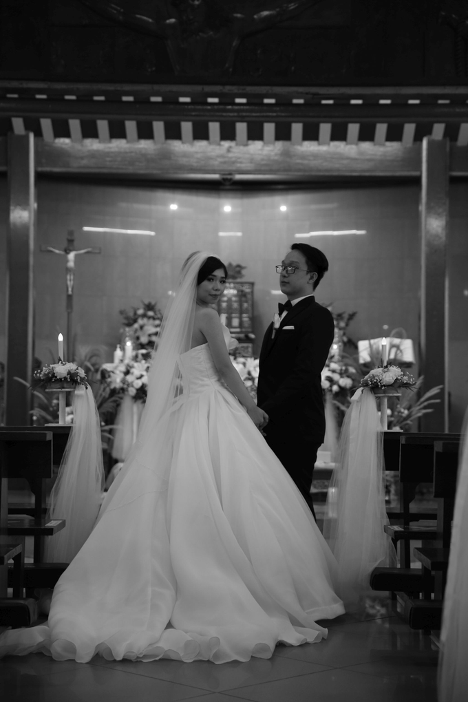 Wedding day Adi and Irene by Luminous Bridal Boutique - 005