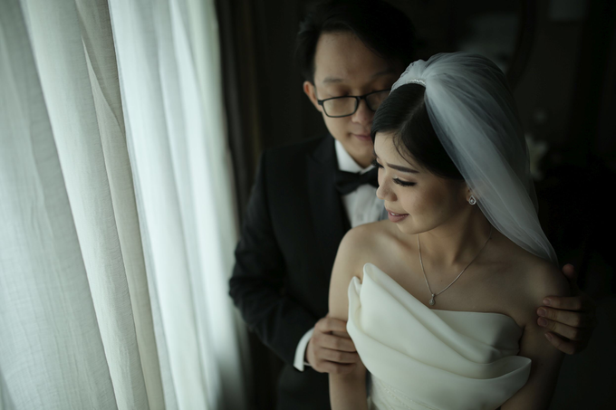 Wedding day Adi and Irene by Luminous Bridal Boutique - 011