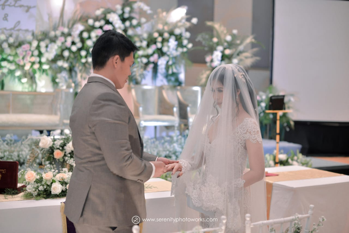 Wedding Day Chandra and Sahfitry by Luminous Bridal Boutique - 009