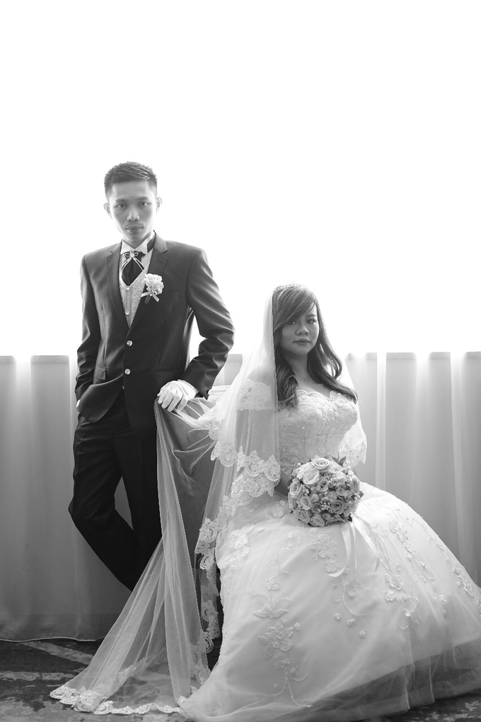 Wedding Day Nesha and Suryanto by Luminous Bridal Boutique - 003