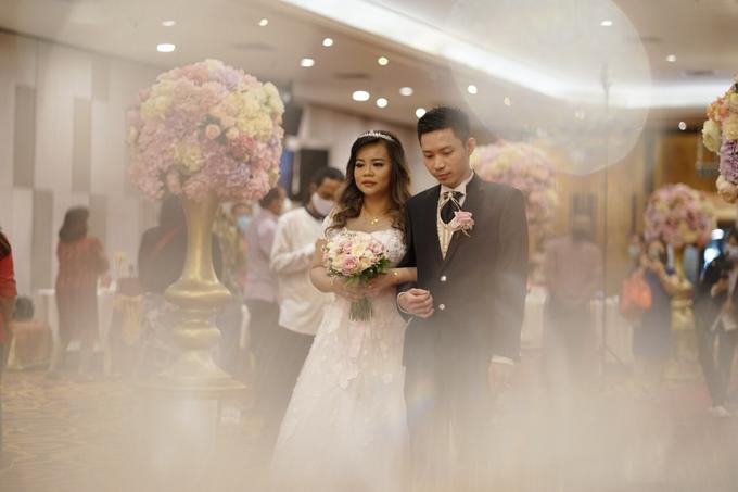 Wedding Day Nesha and Suryanto by Luminous Bridal Boutique - 005