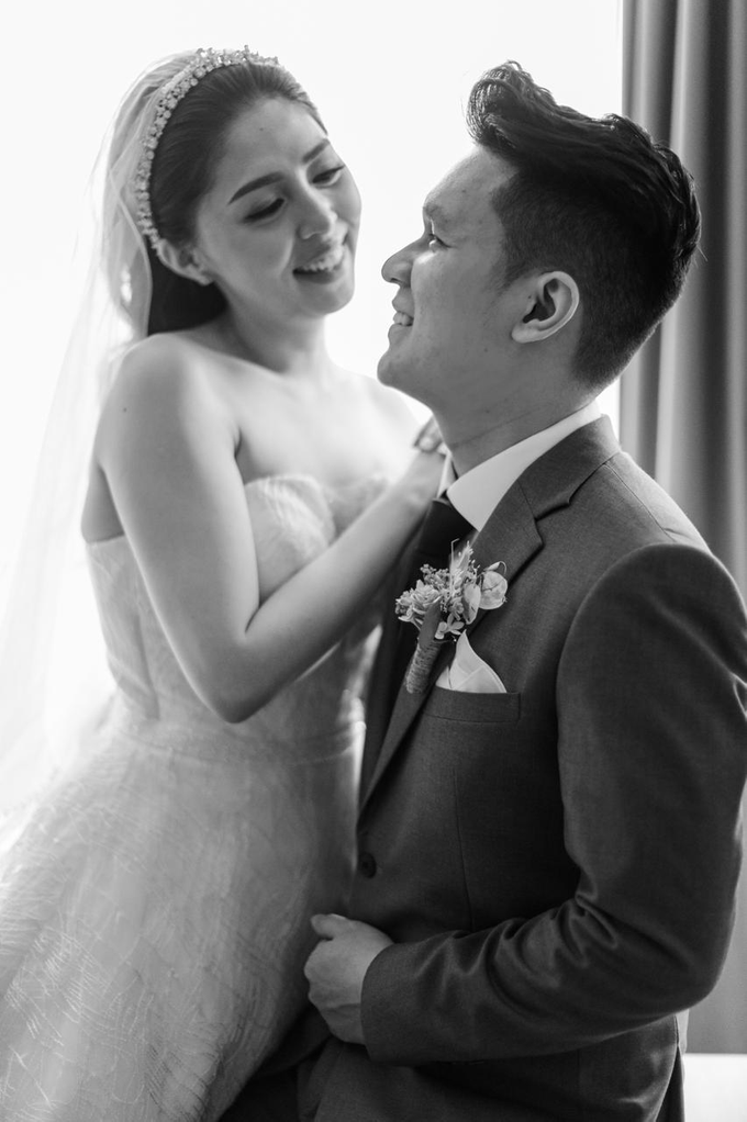 Wedding Day Risky and Theresia by Luminous Bridal Boutique - 002