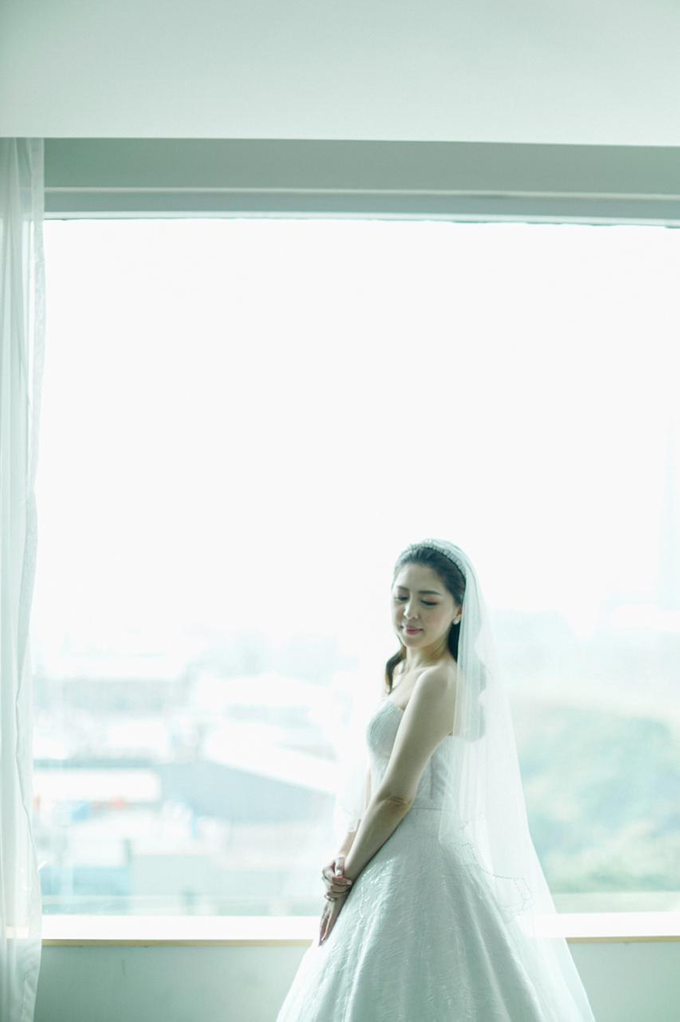 Wedding Day Risky and Theresia by Luminous Bridal Boutique - 019