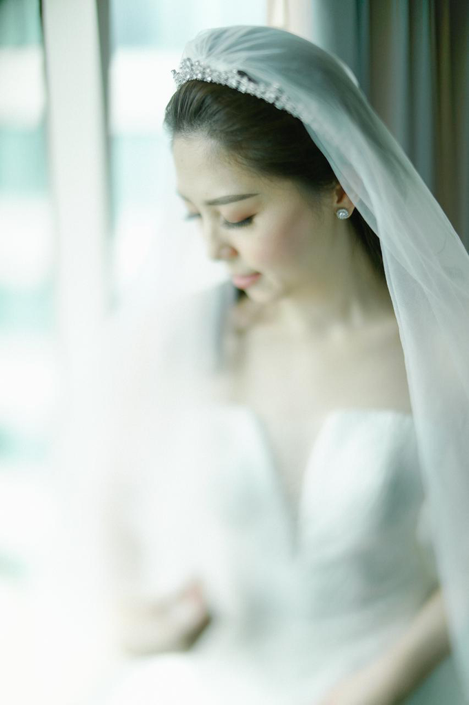 Wedding Day Risky and Theresia by Luminous Bridal Boutique - 021