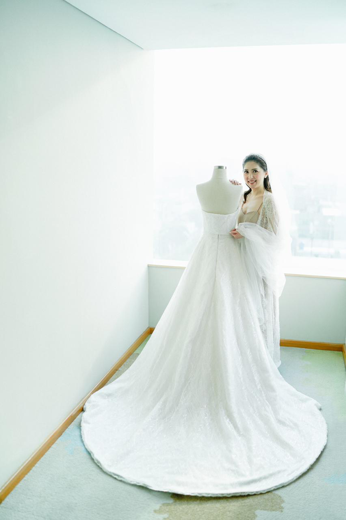 Wedding Day Risky and Theresia by Luminous Bridal Boutique - 024