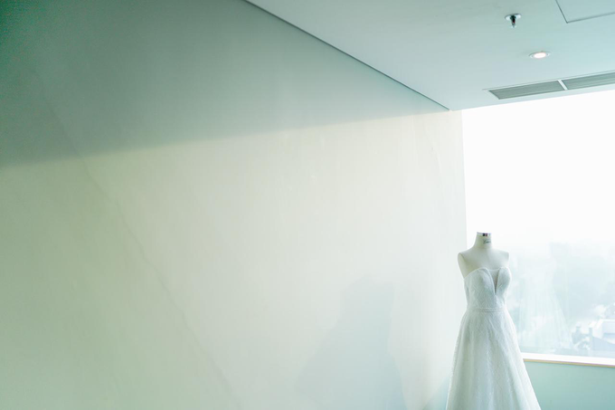 Wedding Day Risky and Theresia by Luminous Bridal Boutique - 023