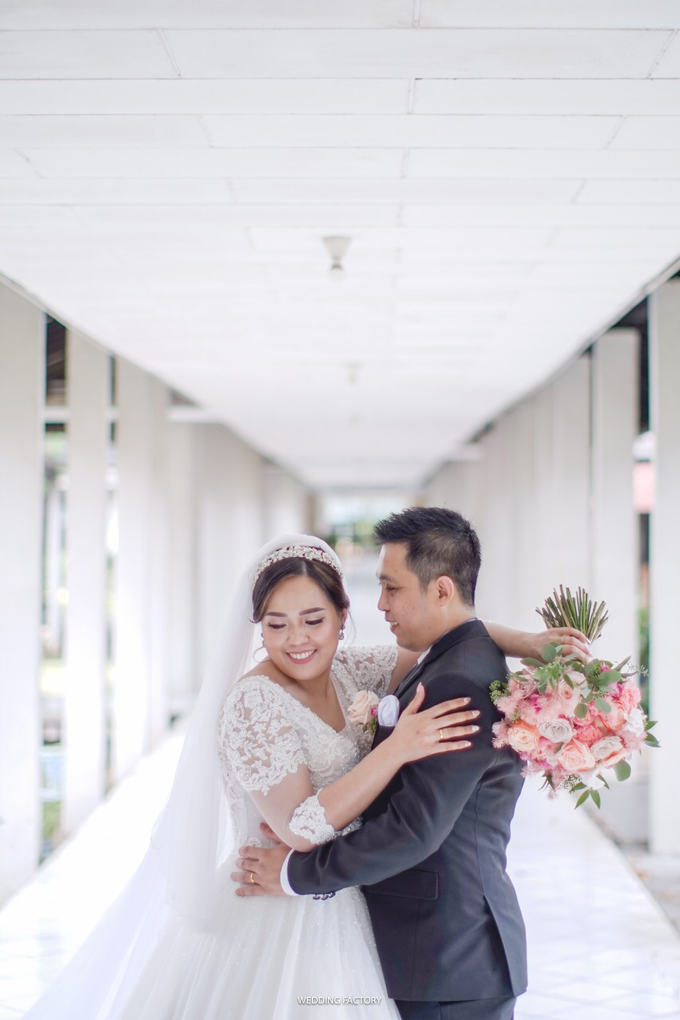 Wedding Day Andreas and Deliana by Luminous Bridal Boutique - 004