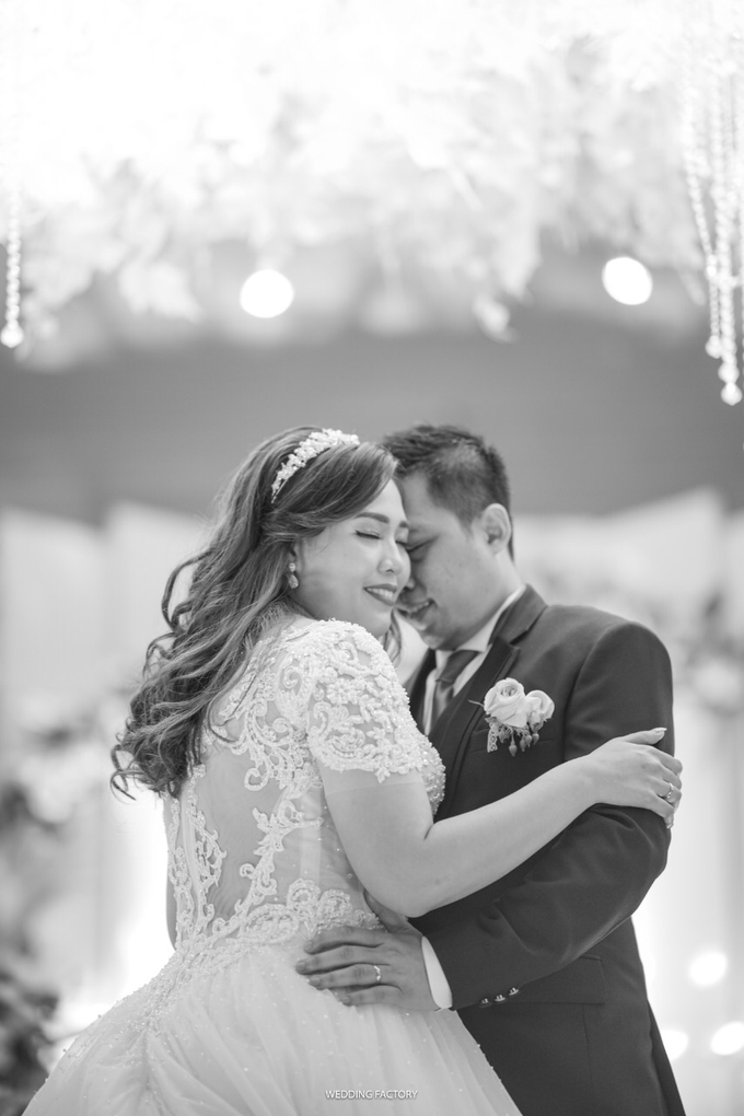 Wedding Day Andreas and Deliana by Luminous Bridal Boutique - 009