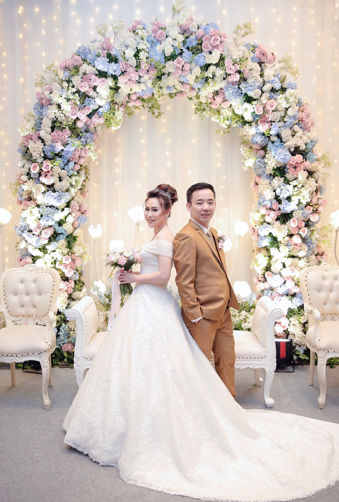 Wedding Day Azwin and Kristina by Luminous Bridal Boutique - 007