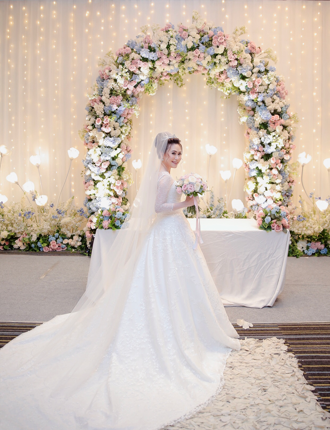 Wedding Day Azwin and Kristina by Luminous Bridal Boutique - 008