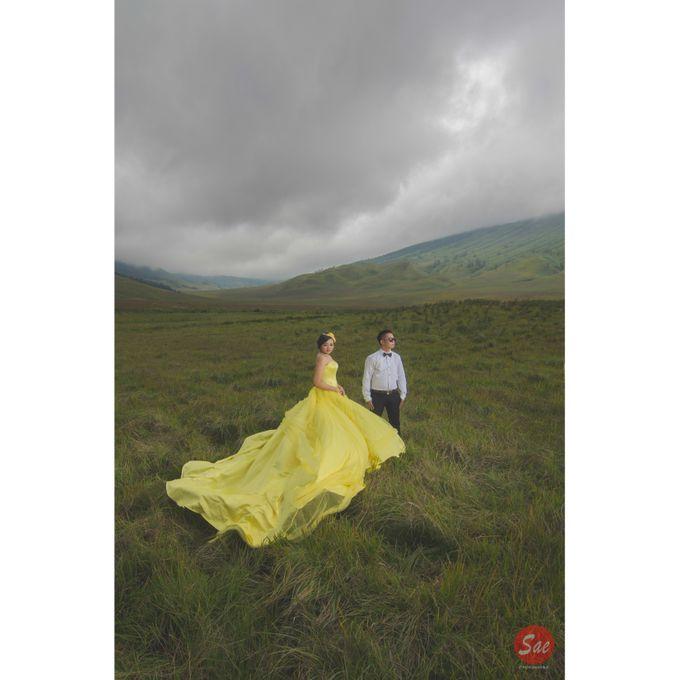 Prewedding Bromo by SAE Photoworks - 001