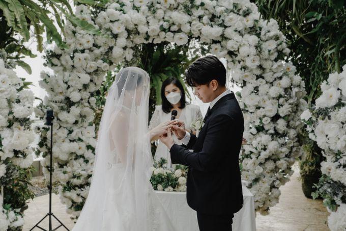 The wedding of Hendry & Chyntara by Ivow Wedding - 003