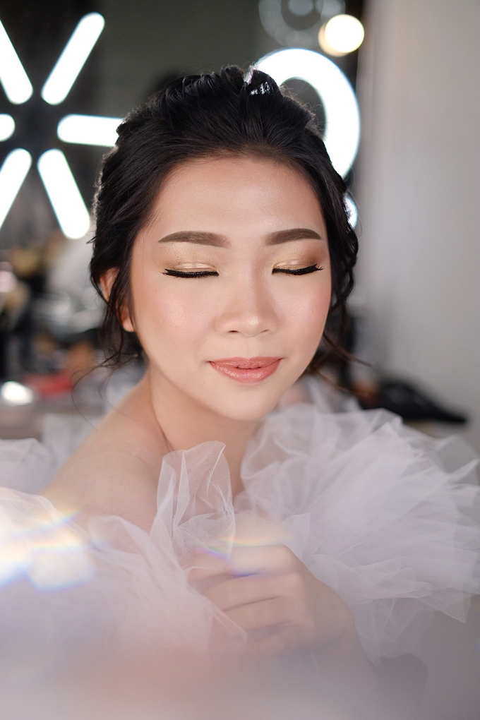 Wedding Makeup by Melisa by Lydia Merry Makeup Artist - 005