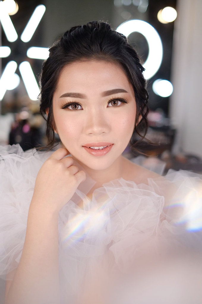 Wedding Makeup by Melisa by Lydia Merry Makeup Artist - 006