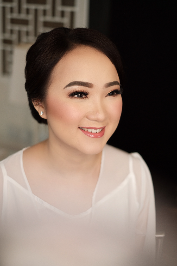 The Wedding of Fera & Juliarto by Lydia Merry Makeup Artist - 002