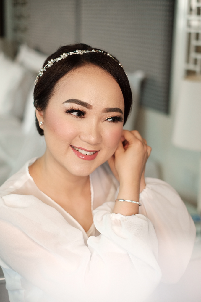 The Wedding of Fera & Juliarto by Lydia Merry Makeup Artist - 006