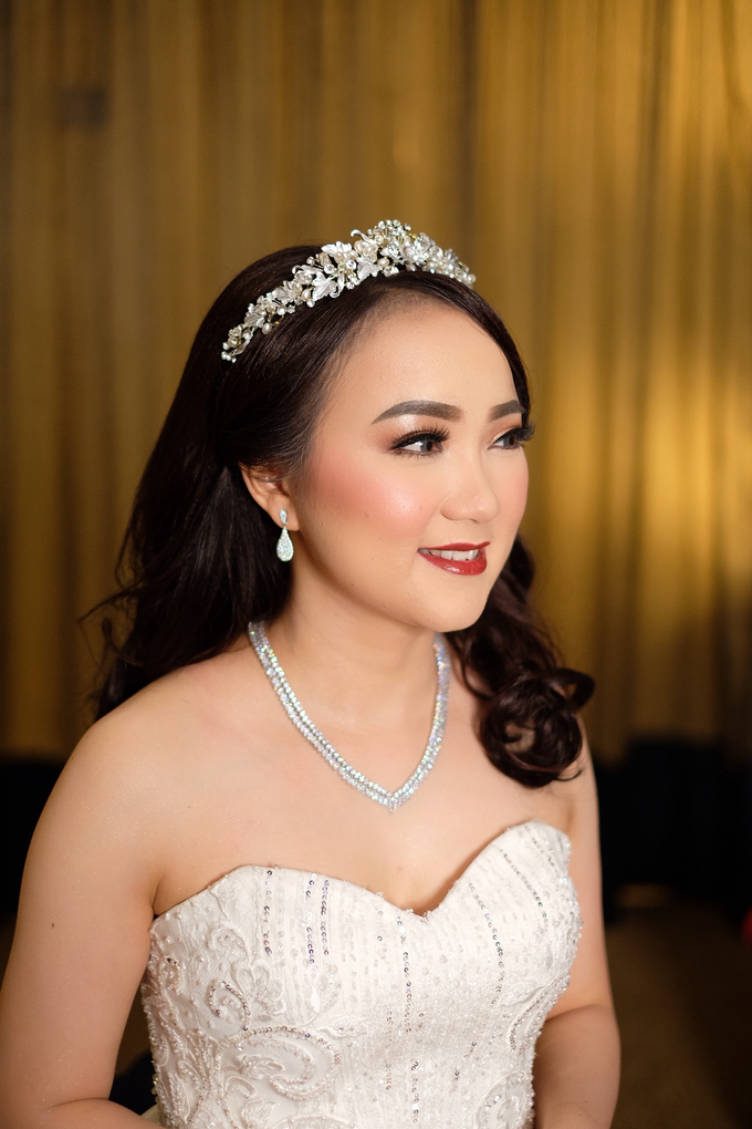 The Wedding of Fera & Juliarto by Lydia Merry Makeup Artist - 009