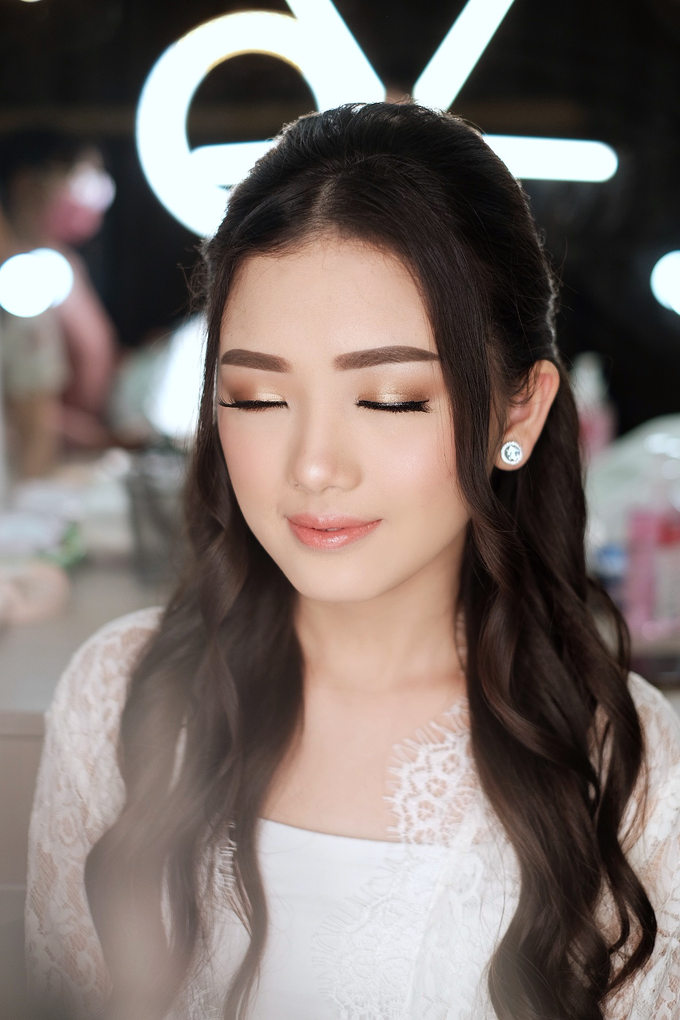 Wedding Makeup by Lydia Merry  by Lydia Merry Makeup Artist - 002