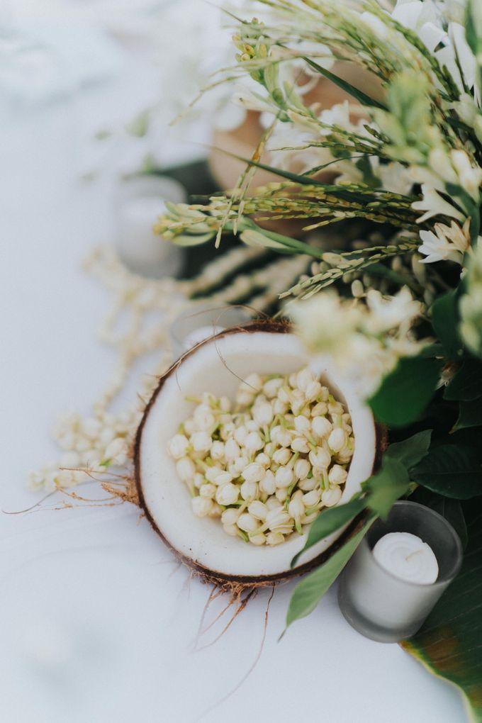 Michael & Medy Wedding by Bloomz Flower Bali - 003