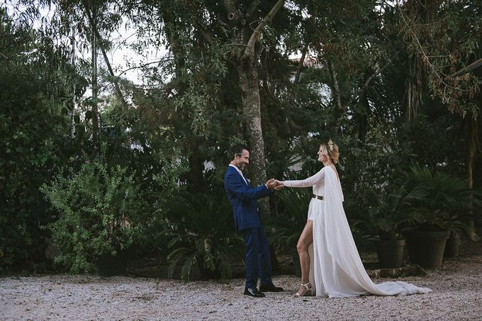 This wedding was a dream - a laid back couple who just wanted to make the most of their wedding day. Celebrate their union before God, family and frie by Sublime Luxury Weddings - 013