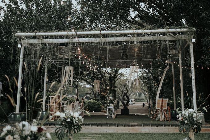 HELEN & MARKUS by Raffles Hills Cibubur - On Green Garden Venue - 009
