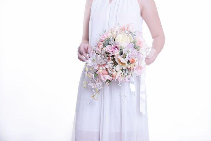Luxurious Bouquet by LUX floral design - 019