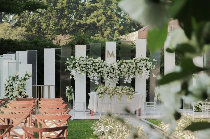 The Modern and Elegant Wedding Ceremony of Monica and Allen by Elior Design - 005