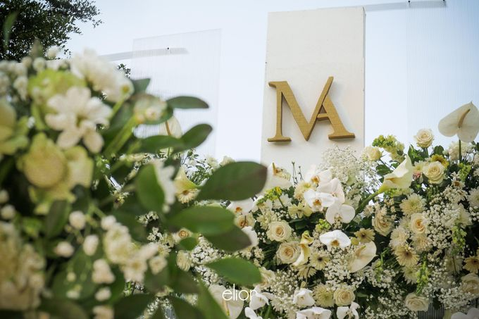 The Modern and Elegant Wedding Ceremony of Monica and Allen by Elior Design - 007