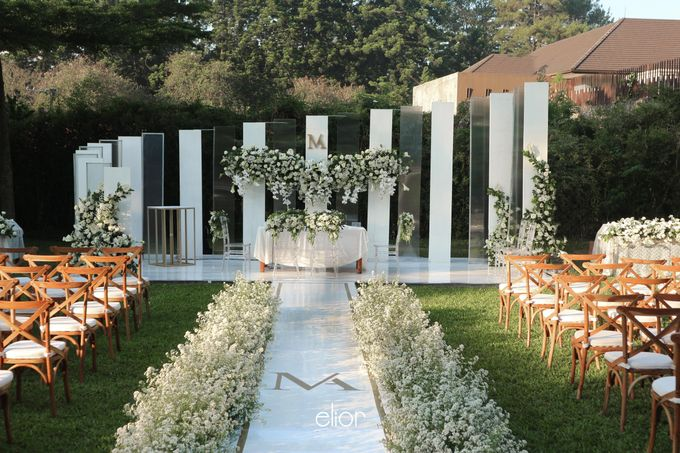 The Modern and Elegant Wedding Ceremony of Monica and Allen by Elior Design - 015