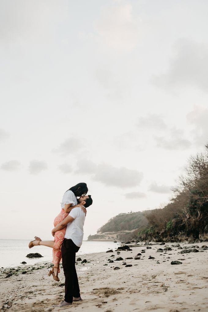 Honeymoon Photo in Bali Nusa Dua by Mariyasa - 007