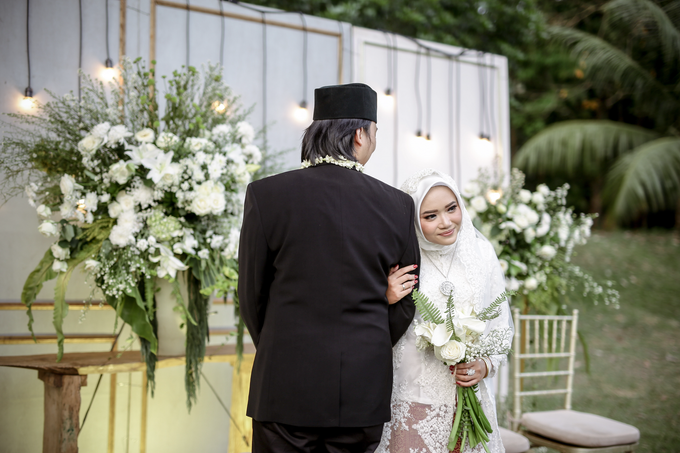 An Intimate wedding of Kinan & Anis by Maeera Decoration - 008
