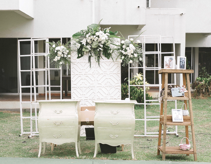 An Intimate wedding of Kinan & Anis by Maeera Decoration - 010