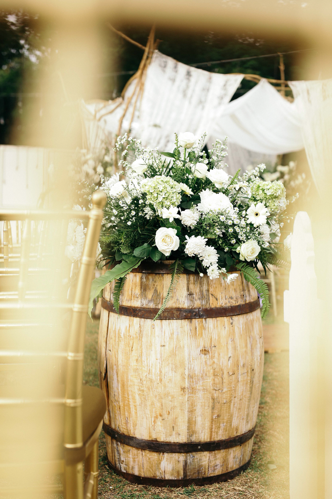 An Intimate wedding of Kinan & Anis by Maeera Decoration - 014