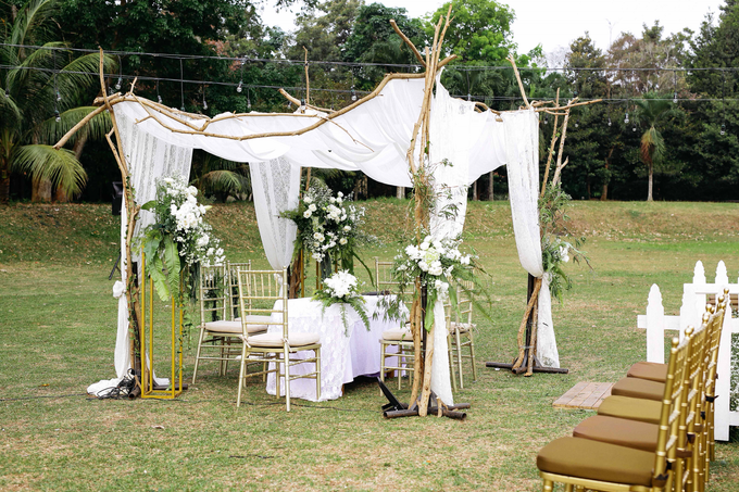An Intimate wedding of Kinan & Anis by Maeera Decoration - 018