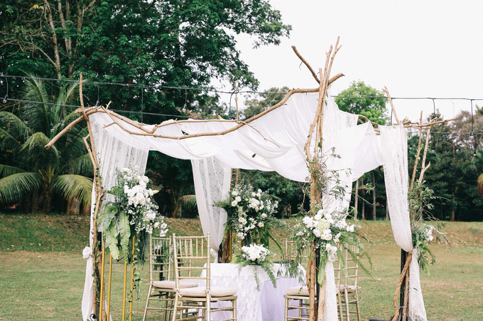 An Intimate wedding of Kinan & Anis by Maeera Decoration - 020