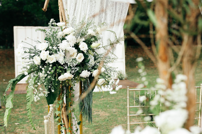 An Intimate wedding of Kinan & Anis by Maeera Decoration - 027