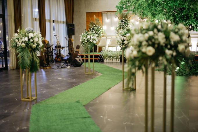 Puteri & Zaki Wedding Akad And Reception by AVIARY Bintaro - 008