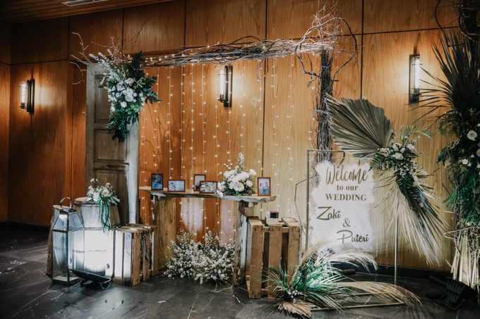 Puteri & Zaki Wedding Akad And Reception by AVIARY Bintaro - 019