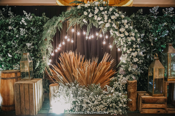 Putra & Naida Wedding by Maeera Decoration - 014