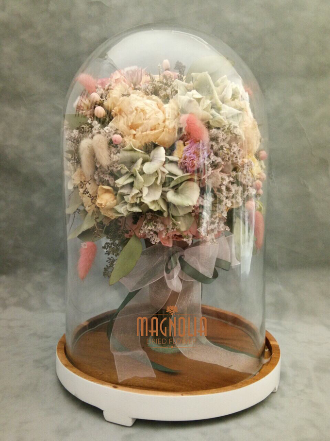 Glass Dome Dried Flower by Magnolia Dried Flower - 003