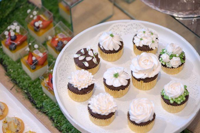 Wedding of Mahendra & Yulia - Jardin Sweet Corner by Questo La Casa Pastry - 004