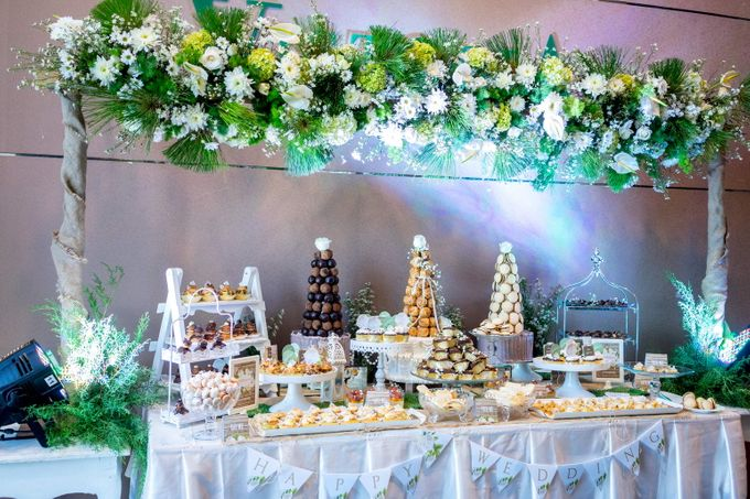 Wedding of Mahendra & Yulia - Jardin Sweet Corner by Questo La Casa Pastry - 011