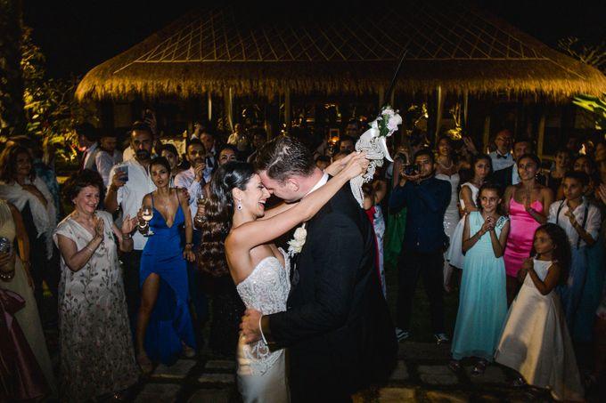 Real Wedding of Jesse & Mahsa by Tirtha Bridal - 024