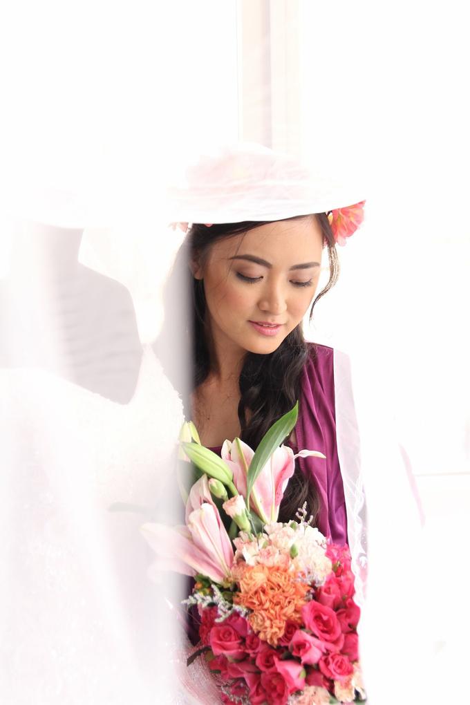 Wedding day of Ms Karen  by Make Up Artistry by Jac Sindayen - 002