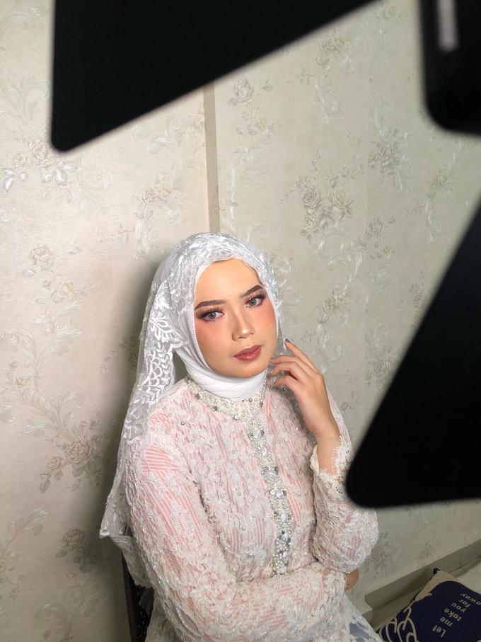 Makeup Tunangan by Make up by indy - 002
