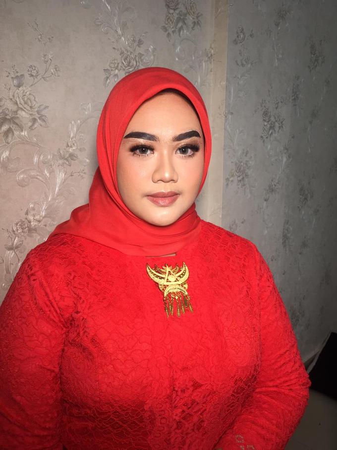 Makeup Tunangan by Make up by indy - 004